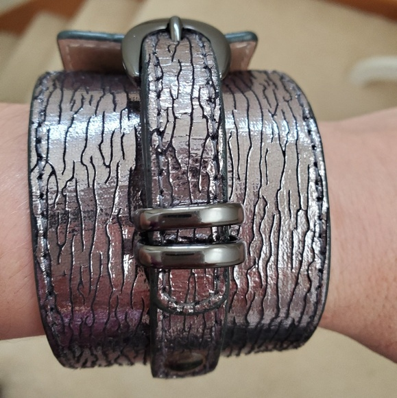 Express Jewelry - Metallic silver buckle cuff from Express
